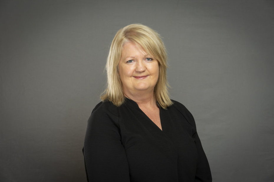 Linda Nimmo - Office Manager